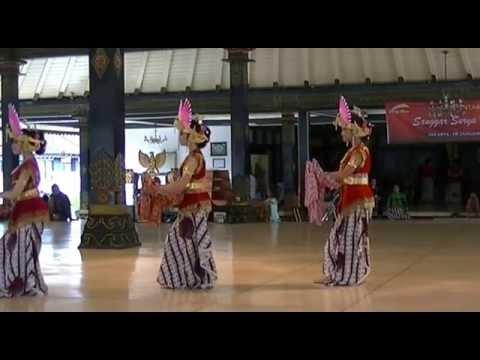 Uji Pentas,tari Golek Sulung Dayung-allisa Anastasya video