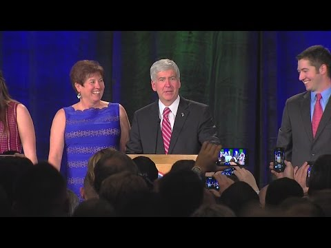 Governor Rick Snyder gives victory speech after winning election