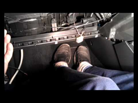 golf glovebox remove.wmv