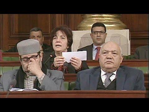 La procédure d'adoption de la Constitution commence en Tunisie