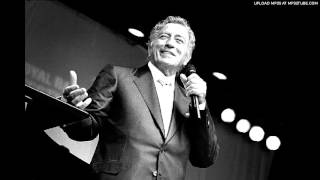 Watch Tony Bennett Im Thru With Love video
