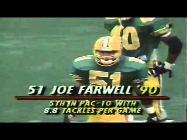 Oregon LB Joe Farwell pressures WSU QB Drew Bledsoe 9-07-1991