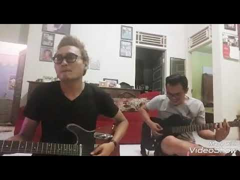 Firmanz gitaris kidalz cilegon with the legend Tata nyamuk besi