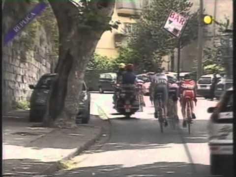 Giro d'Italia Cavaliere Vs Ballan Pt1.wmv