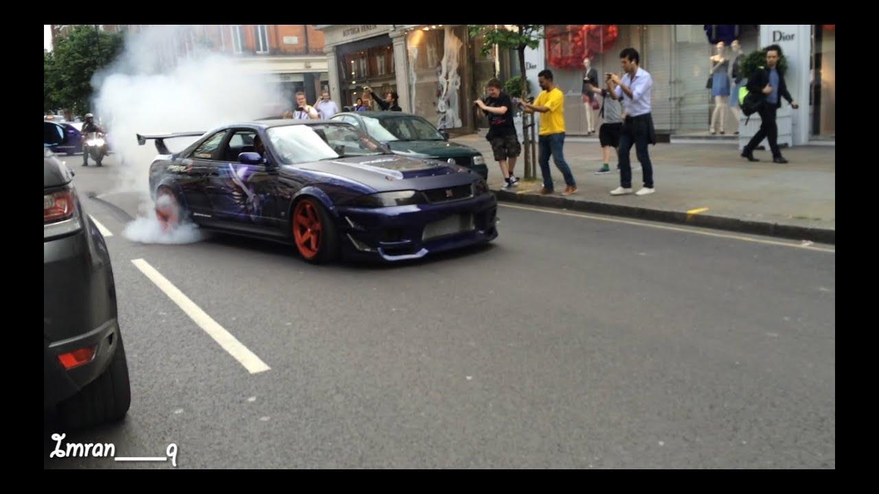 Nissan Skyline R33 GTR X2 Shooting Flames and MASSIVE ...