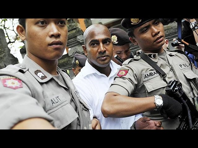 Australian drug smugglers Chan and Sukumaran moved to 'Indonesia's Alcatraz'