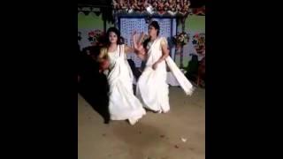 Download Bangla hot  sex..... 3Gp Mp4