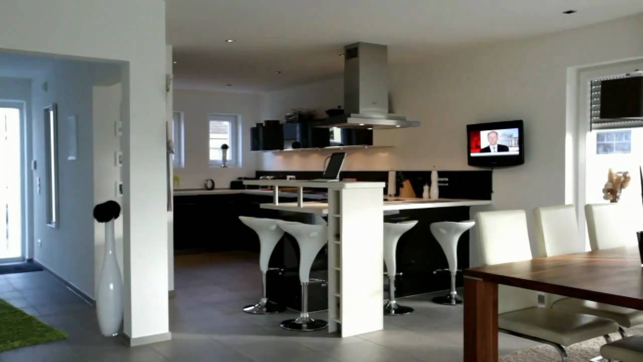 modernes wohnen exklusives einfamilienhaus mit interessanter architektur youtube. Black Bedroom Furniture Sets. Home Design Ideas