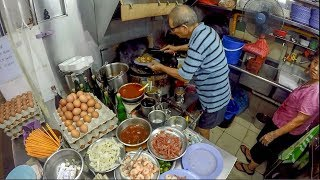 Exotic Singapore Street Food in Golden Mile Hawker Centre