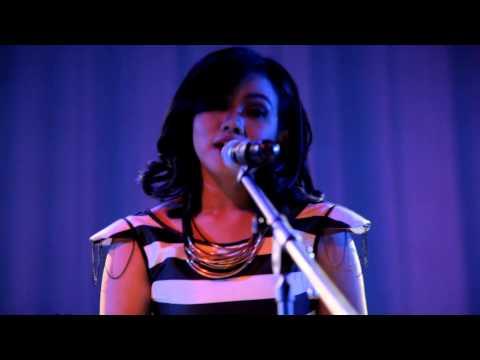 download lagu YURA - Berawal Dari Tatap Live @ Konser Balada Sirkus gratis