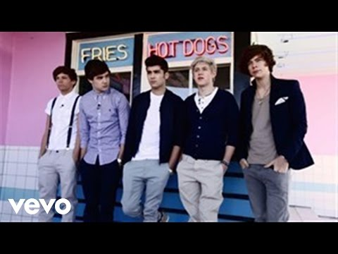 One Direction - VEVO GO Shows: What Makes You Beautiful Music Videos