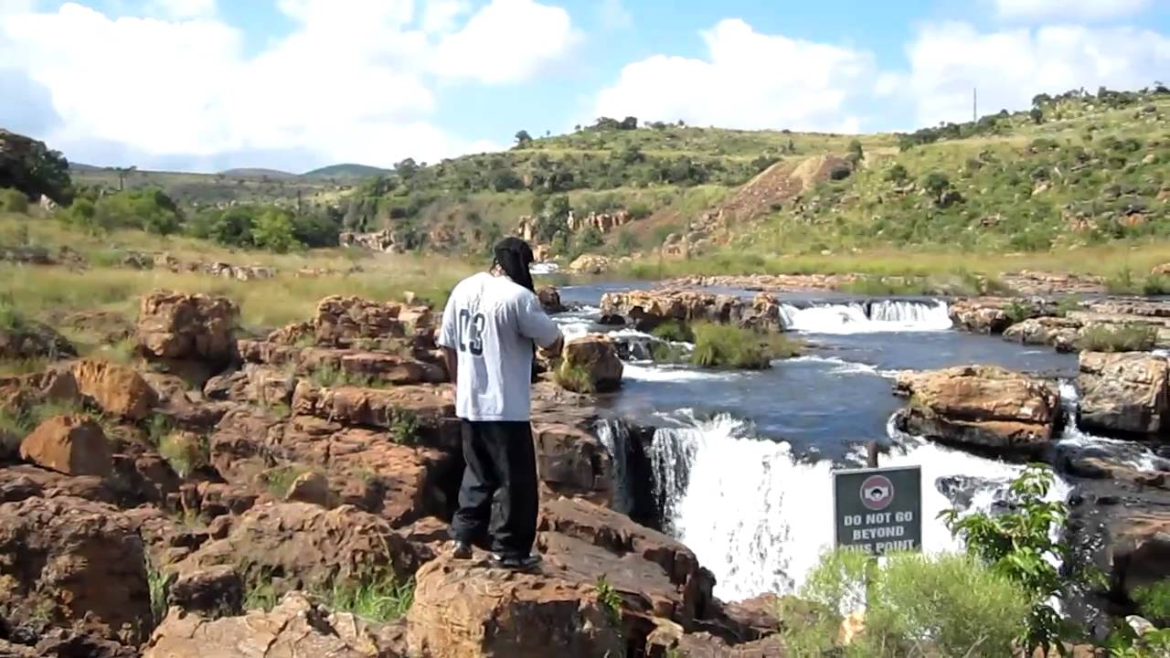 an investigation into the mpumalanga pothole Mpumalanga's thaba chweu municipality plunders at least r3587m  to conduct an investigation into cable theft in the area  documents suggest that the payment of r840,000 for the six-month .