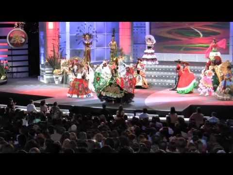 (24.09.10) Saltillo Coahuila.- El auditorio del Parque Las Maravillas se desbordó ante la presencia de las participantes de Nuestra Belleza quienes mostraron...