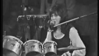 Watch Carpenters Bacharach - David Medley video