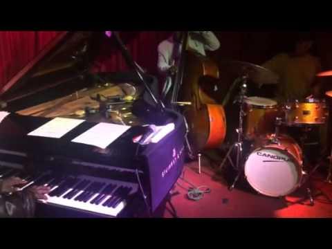Cyrus Chestnut Trio at Smoke