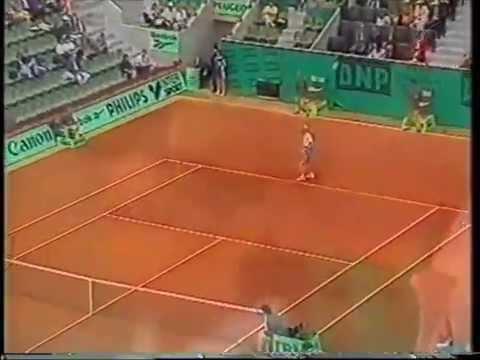 Gabriela Sabatini v Steffi Graf French open 1995 pt1