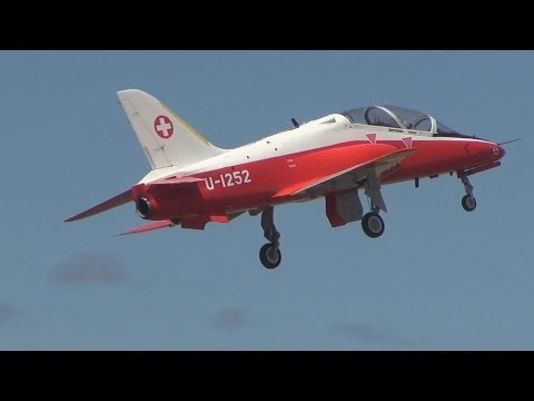 RC Plane: Huge BAE Hawk, Turbine Powered