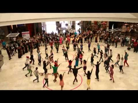 Mariachi Femenil Mujer Latina - Flash Mob Galerias Guadalajara