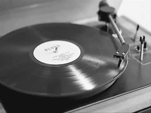 Sub Bass Monster - Pörög A Fekete Lemez