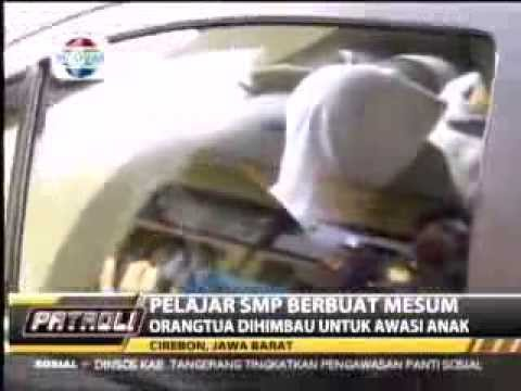 Video Mesum Pelajar Smp Islam Di Cirebon, Mesum Tertangkap Satpam video