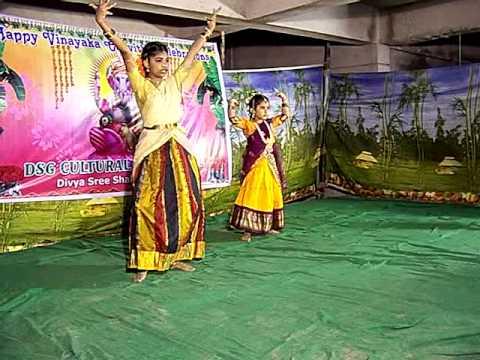 Kirishmita & Bala Dance - Ekadantaya Vakratundaya video