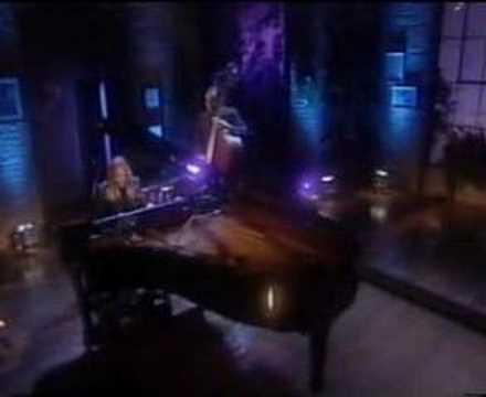 Diana Krall - Fly me to the moon Video
