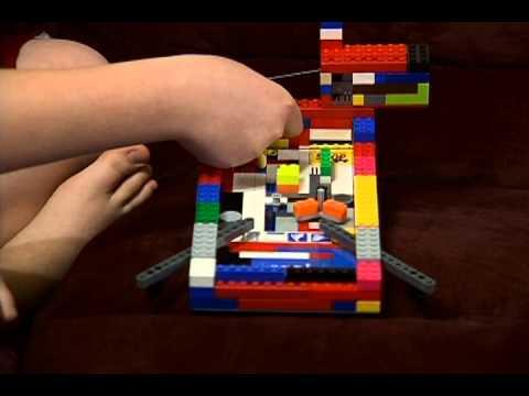 how to make a simple lego pinball machine