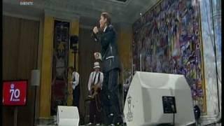 Watch Cliff Richard Congratulations video