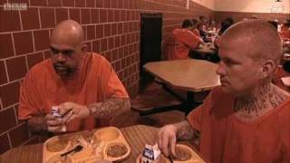 Mealtimes at San Quentin prison - Louis Theroux - Behind Bars - BBC
