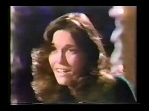 Carpenters - Santa Claus Is Comin