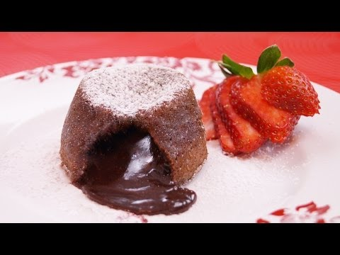 Molten Chocolate Cakes Recipe: Chocolate Lava Cake Recipe: How To: Di Kometa-Dishin' With Di  #131