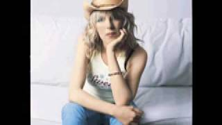 Watch Lucinda Williams Sweet Old World video