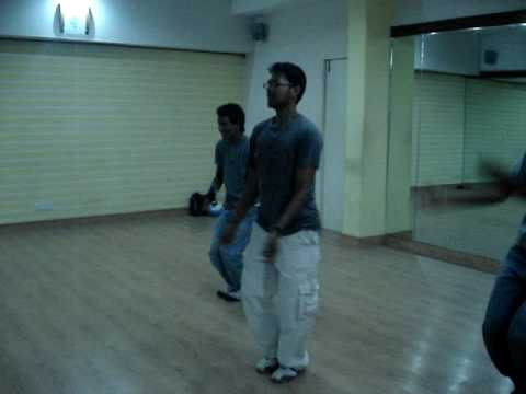 Love aaj kal thoda thoda pyaar by Lakshya Dance Unlimited