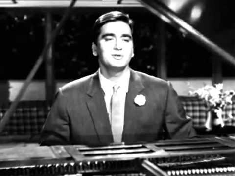 Chalo Ek Baar Phir Se Ajnabi Ban Jaye Hum Dono Gumrah 1963...