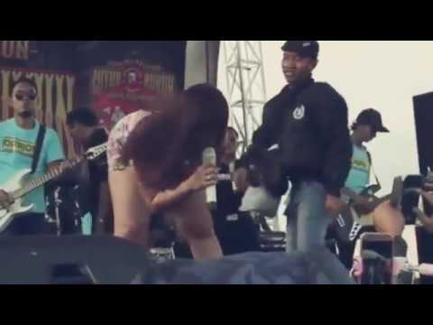 Biduan Paling Semok Hot Koplo Paling Joss @juragan Empang