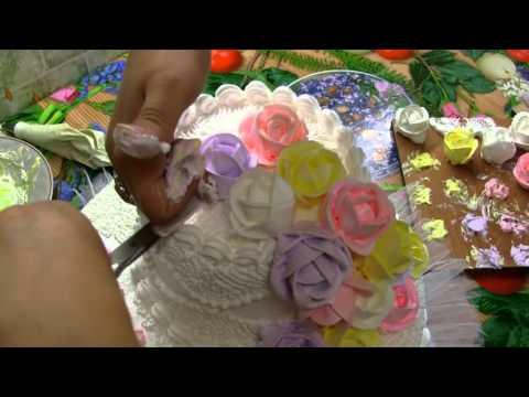 украшение тортов розами из мастики фото