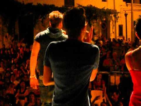 MIGLIONICORRIDA 2010 A Miglionico  Pasqualino Maione Amici Maria De Filippi