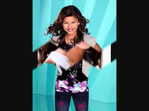Bella Thorne and Zendaya Coleman pics..