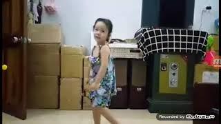Lucy Uyen: Bố Ơi Mình Đi Đâu Thế - 3.5 tuổi