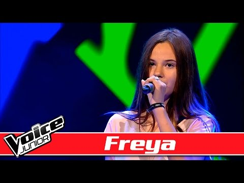 Freya synger: Naughty Boy ft. Sam Smith –  'La La La' - Voice Junior / Blinds