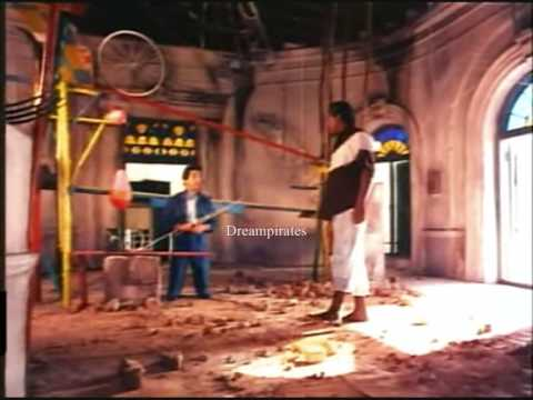 Aboorva Sagothargal- Appu Killing Delhi Ganesh video