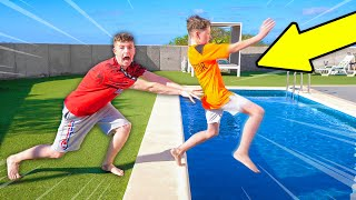 7 Ways to PRANK Your Little Brother on HOLIDAY!!