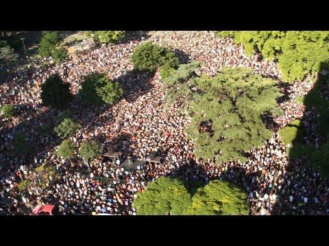 10 mil personas se reunieron en una plaza para escuchar a Axel Kicillof