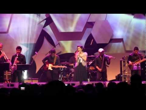 Andien - Kirana @ JJF 2012 [HD]