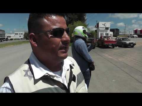 Motociclista sufre accidente
