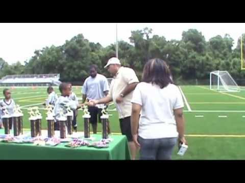 Cedar Heights 2011 6 and 7 Flag Football Champs Coached by Andrew Sewell and staff. Filmed and edited by Get it in DVD. www.getitondvd.com kids sing Ace Hood...