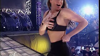 Stephanie Mcmahon hottest video running after wardrobe malfunction