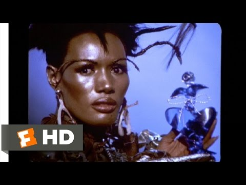Boomerang (8/9) Movie CLIP - Strangé It Stinks So Good! (1992) HD