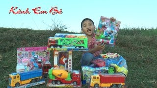 Đồ chơi  máy xúc, xe tải, xe ben mới mua, Toys excavators, trucks, Kênh Em Bé  ♥