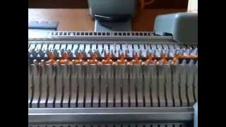 Machine tricoter Singer 360.02 suite.